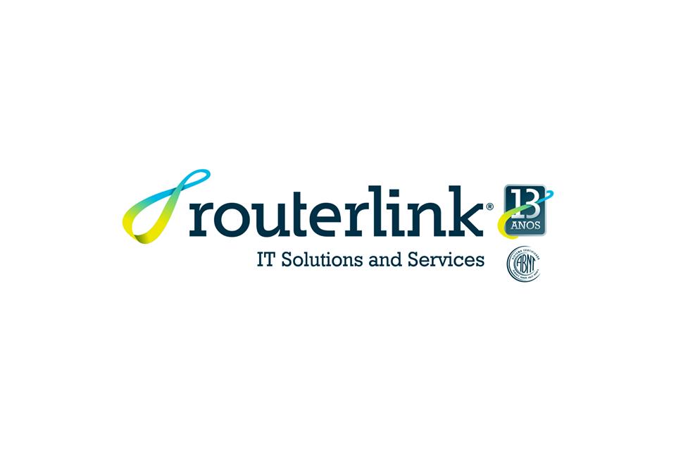 criação de logotipo promocional de aniversário 13 anos para empresa de tecnologia Routerlink IT em são paulo