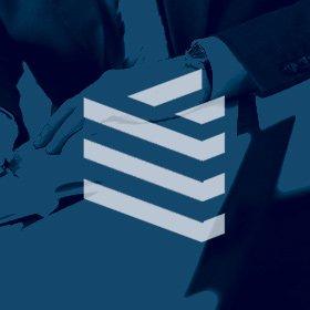 design de marca e criação de papelaria para construtora